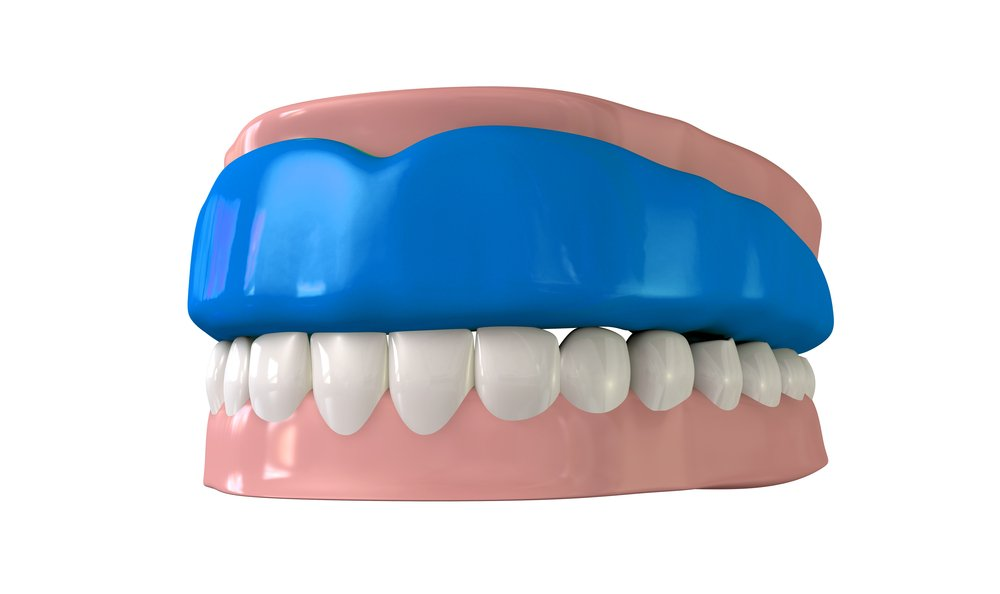 Mouth guard fitted on teeth